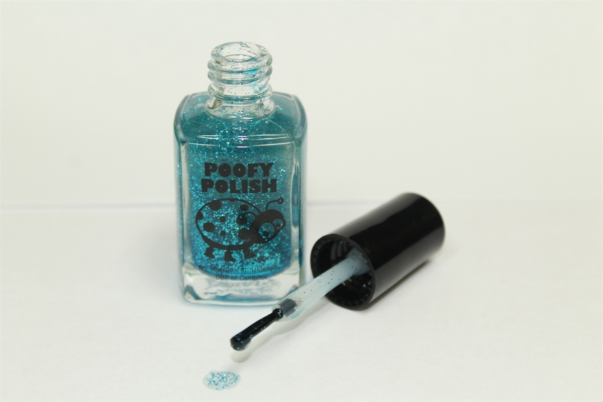 Picture of Turquoise Twist Nail Polish